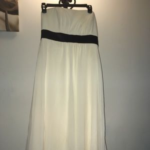 Dresses & Skirts - Ivory strapless dress with black empire waist